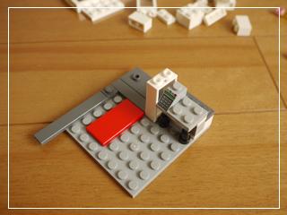 LEGOCornerDeli28.jpg
