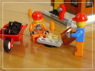 LEGOCornerDeli54.jpg