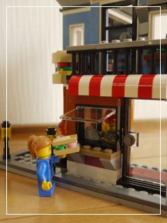 LEGOCornerDeli60.jpg