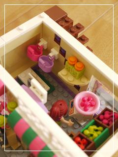 LEGOHeartlakeFoodMarket46.jpg