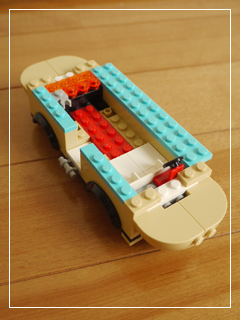 LEGOHotDogVan10.jpg