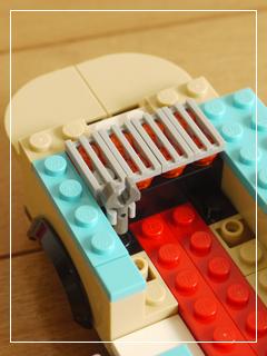 LEGOHotDogVan11.jpg
