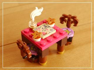 LEGOStarlightInn08.jpg