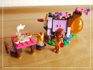 LEGOStarlightInn09.jpg