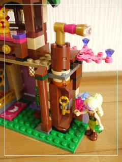 LEGOStarlightInn23.jpg