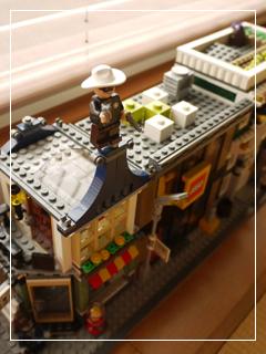 LEGOStore22.jpg