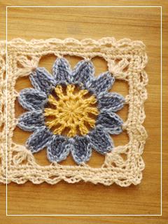 flowerMotif06-08.jpg