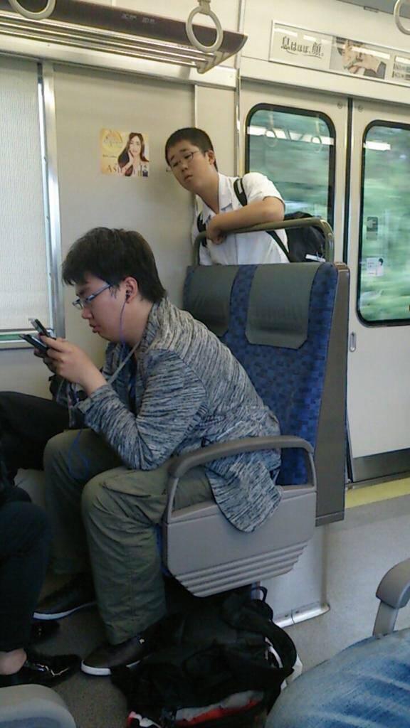 【悲報】藤井五段先輩棋士に怒られる  [511633375]->画像>52枚
