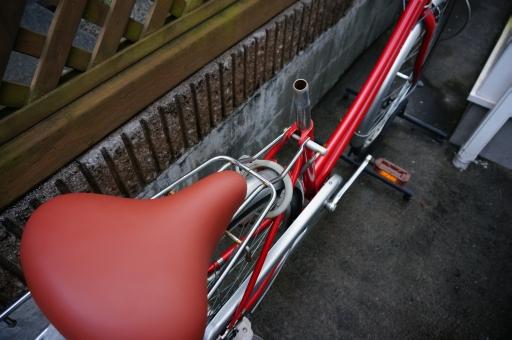 自転車 サドル 交換