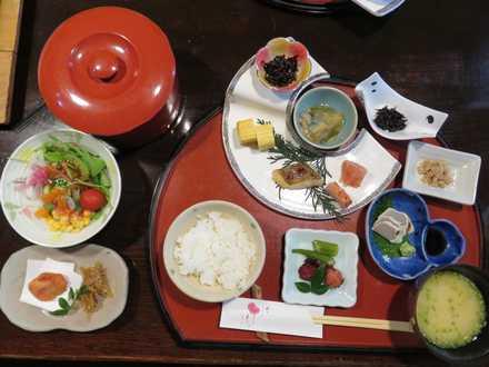 彩の庄 朝食1