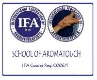 アロマタッチスクールロゴ