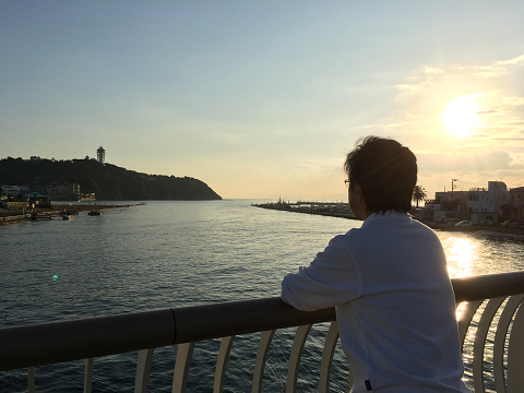 1077-夕暮れの江の島