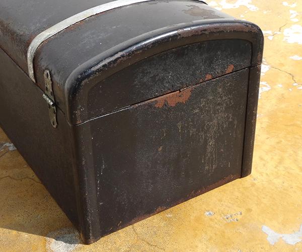 metalboxblk12.jpg