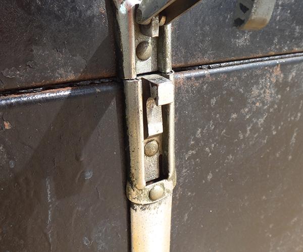metalboxblk20.jpg