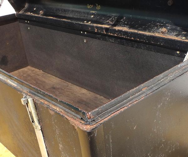 metalboxblk27.jpg