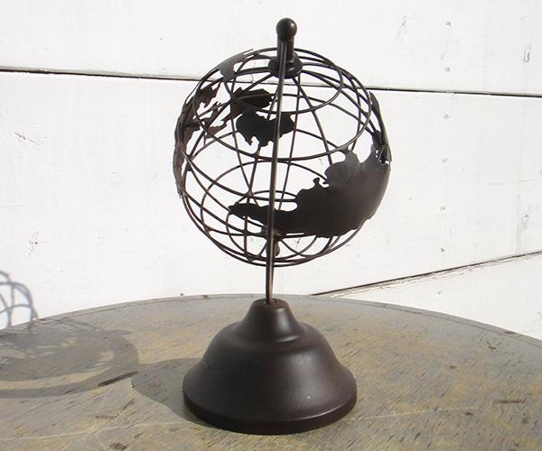 mtl_globe02.jpg