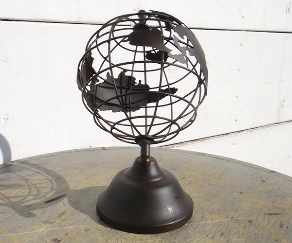 mtl_globe04.jpg