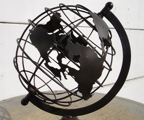 mtl_globe07.jpg