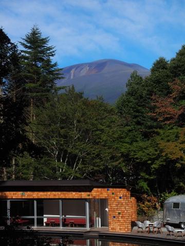 ケラ池からの浅間山161007