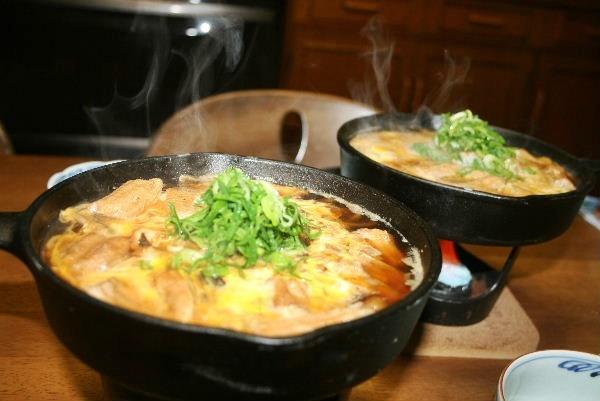 鶏の卵とじ鍋