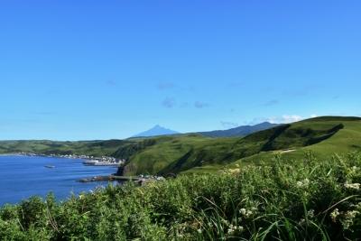 トド島展望台から利尻富士を望む