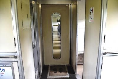 キハ183系200番台自動ドアの装置