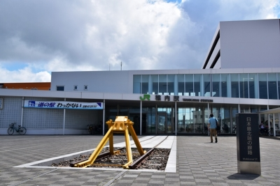 JR稚内駅日本最北端の線路のモニュメント