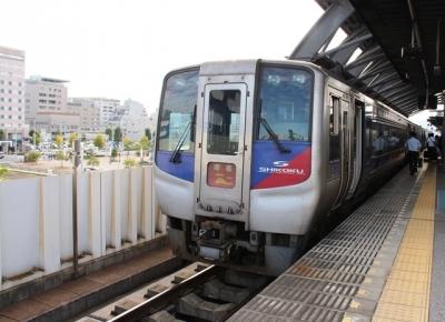 JR高知駅2000系特急南風