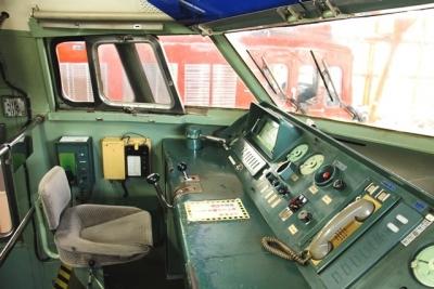 0系の運転室