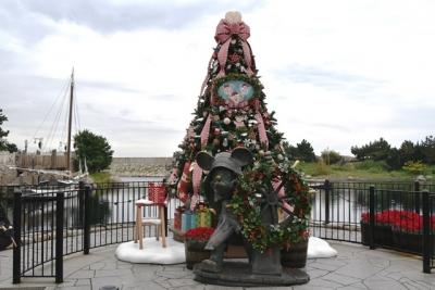 東京ディズニーシーダッフィーのクリスマスツリー