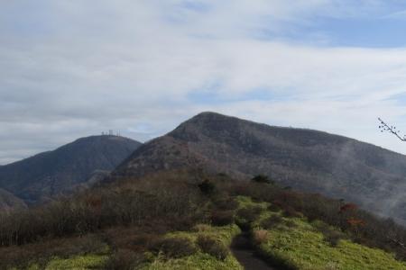161030鍋割山~荒山 (14)s