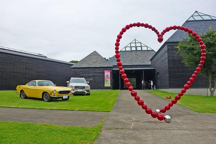 ボルボ・カー・ジャパンがハラ ミュージアム アークで入館料無料のボルボ・デーを実施
