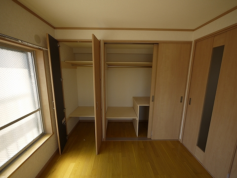 細川ビル301洋室収納