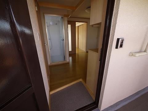 細川ビル301玄関