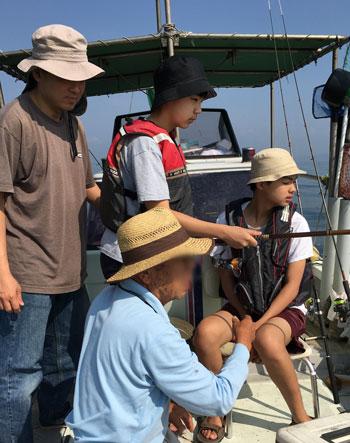 boatfishing1604.jpg