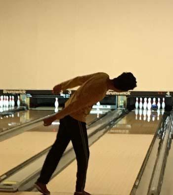 bowling12101602.jpg