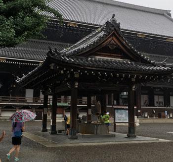 higashi1617.jpg