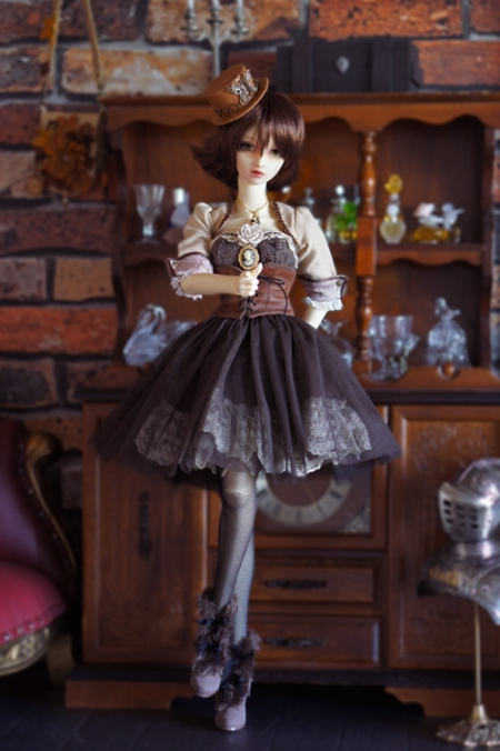 DollPhoto-60-01.jpg