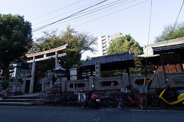 三輪神社全景