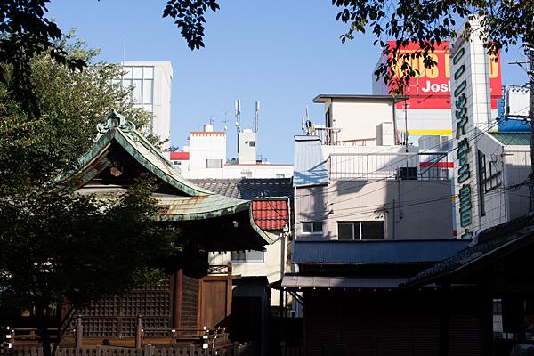 街中の三輪神社