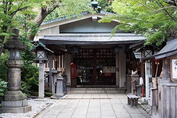 洲崎神社拝殿