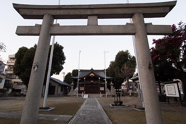 多奈波太神社鳥居前から