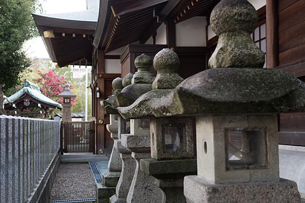 多奈波太神社石灯籠