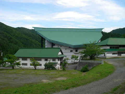 aomori-yamatoyama2.jpg