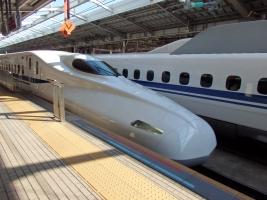 お召し列車用新幹線がやってきました。