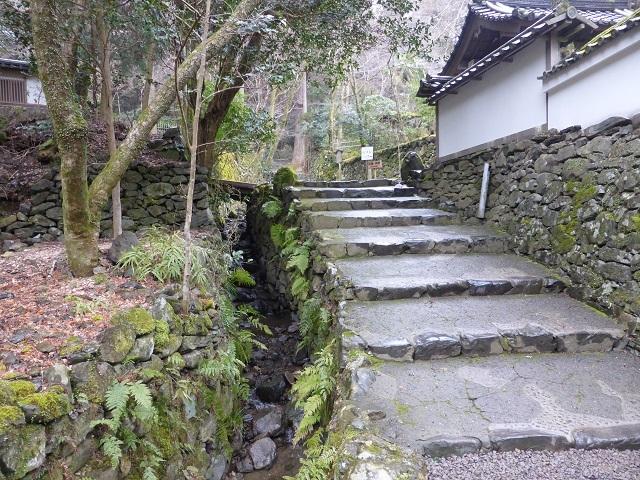 ①高山寺の裏参道