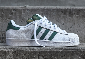 Adidas-SUperstar-White-Green-Gold-B27488-2.jpg