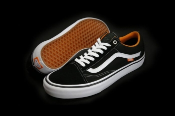 Cult-Crew-x-Vans-Old-Skool-700x466.jpg