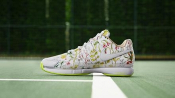NIKE_NEWS_SNEAKER_FEED_LIBERTY_TENNIS_P_hd_1600.jpg