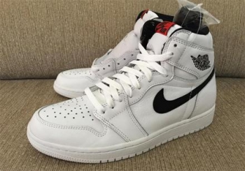 air-jordan-1-retro-high-og-white-black-red.jpg